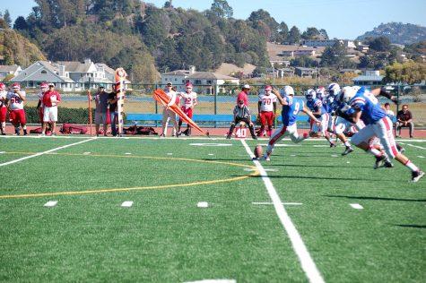 Varsity Football Team Beats San Rafael, Seniors Reflect on Season