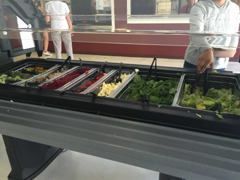 Hungry Hawk Opens New Salad Bar