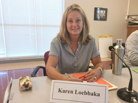 Karen Loebbaka sworn onto board of trustees