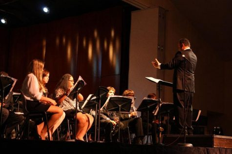 Spring Concert bids farewell to seniors