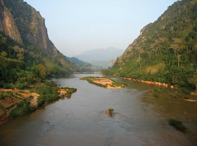 Bridging the Gap: Tam Students Explore the Road Less Traveled