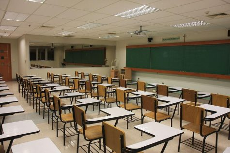 COM Offers Free Classes to High School Students