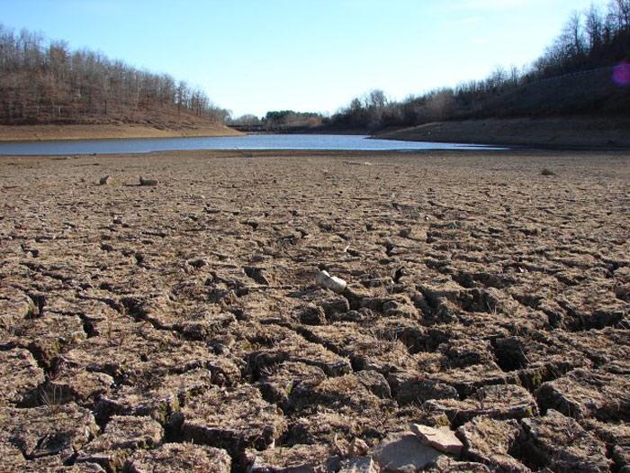 California+Imposes+Mandatory+Water+Restrictions