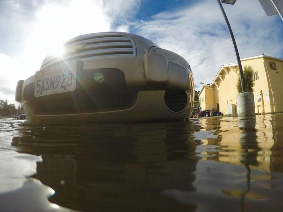 Heavy+rainfall+combined+with+king+tides+on+January+12+lead+to+widespread+flooding%E2%80%94including+in+the+pool+parking+lot.