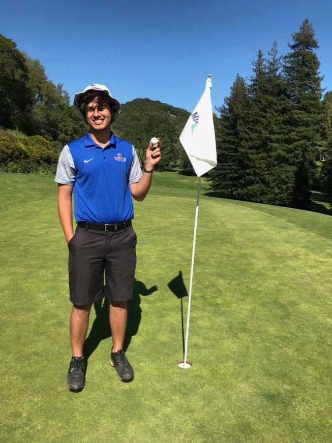 Nick+Friedman+holds+up+his+hole-in-one+ball+with+a+smile+at+Mill+Valley+Golf+Course