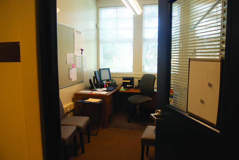 Counselor+Brian+Napolitano%27s+office+is+left+empty+after+his+resignation.