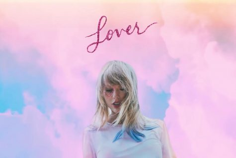 Review: Taylor Swift takes a breath and a step forward on <em>Lover</em>